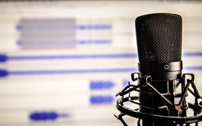 28 Of The Best Marketing Podcasts For Business Owners